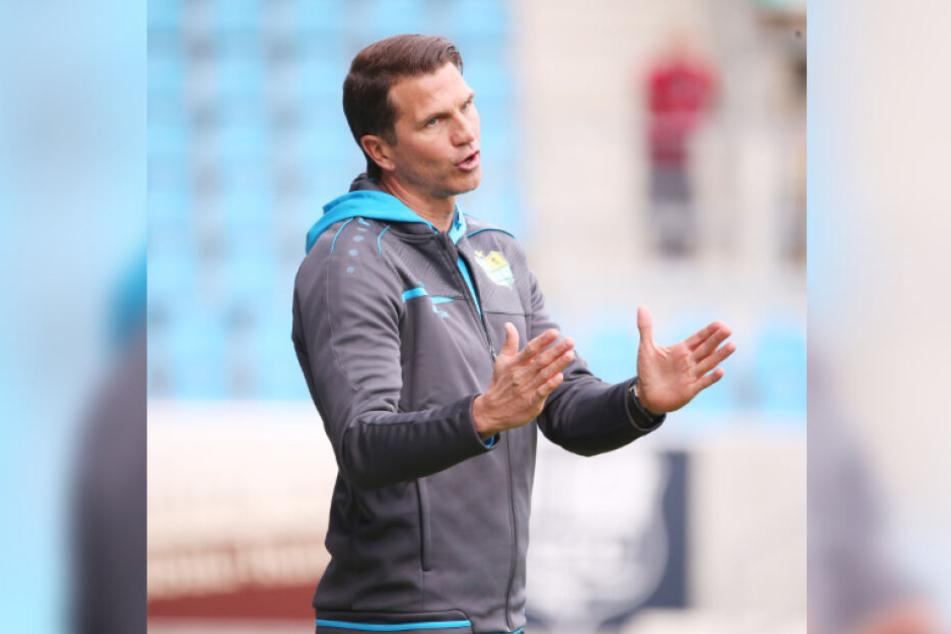 CFC-Trainer Patrick Glöckner deutet es an: Der Fußball, den seine Mannschaft gegen Duisburg zeigte, entsprach schon fast seinen Vorstellungen.