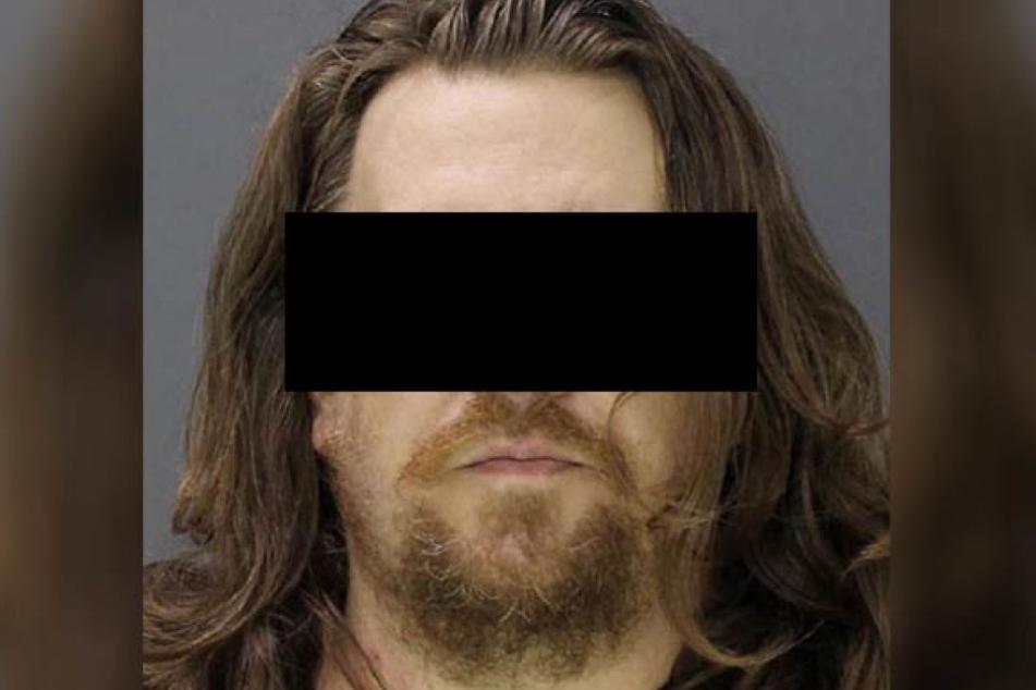 Was ging nur in diesem Kopf vor? Jacob vergewaltige, vergiftete und zerstückelte die 15-jährige Adoptivtochter seiner Freundin.