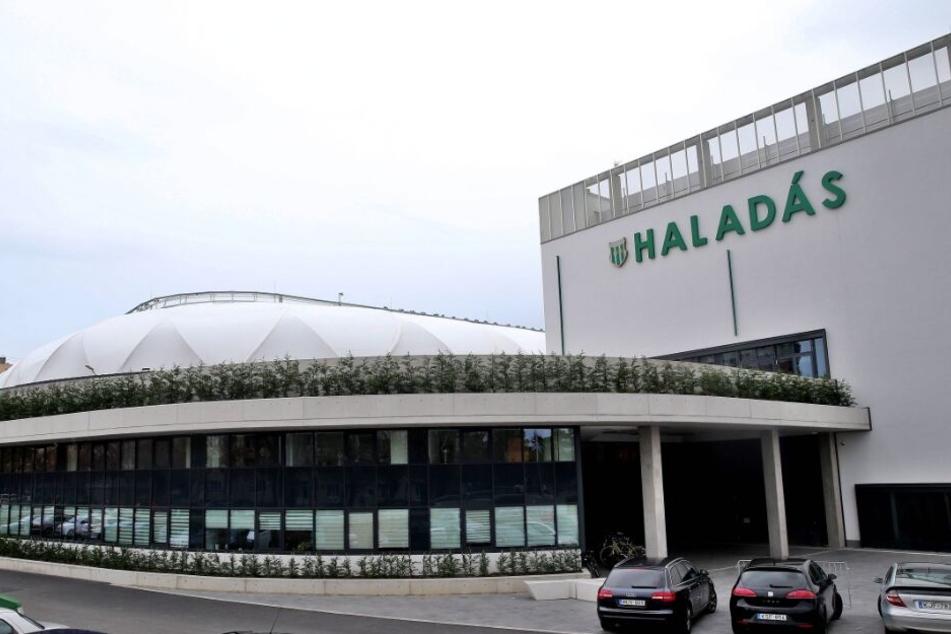 Vom ungarischen Verein Haladás Szombathely wird Keeper Ágoston Kiss ausgeliehen.