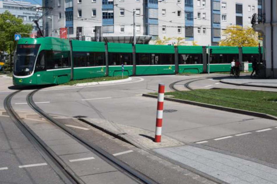 Die Tram 8 ist nicht nur bei Schweizer Bürgern beliebt, die nach Deutschland reisen wollen.
