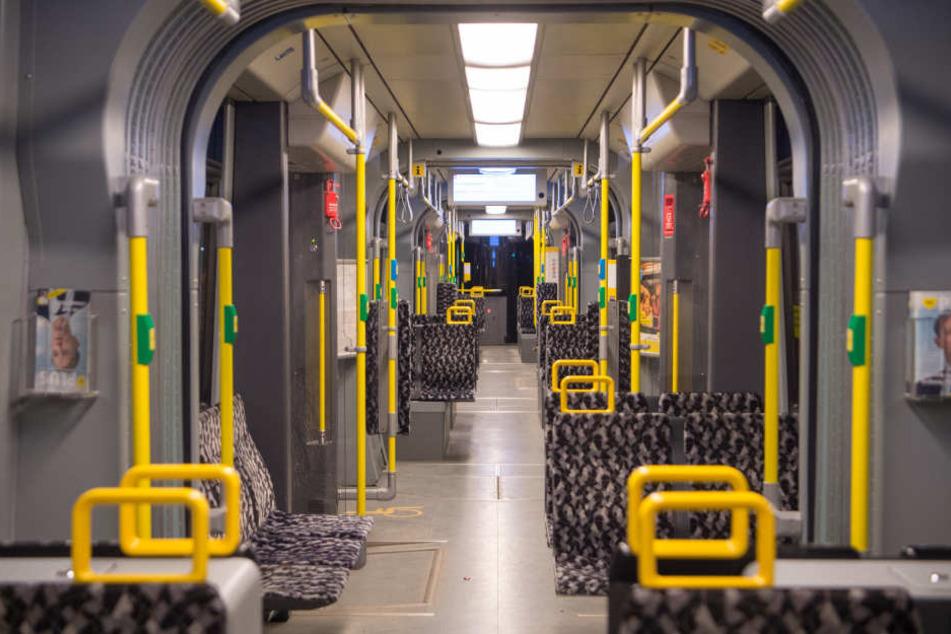 Ein Mann wurde am Freitagnachmittag in Berlin von einer Tram erfasst (Symbolbild).