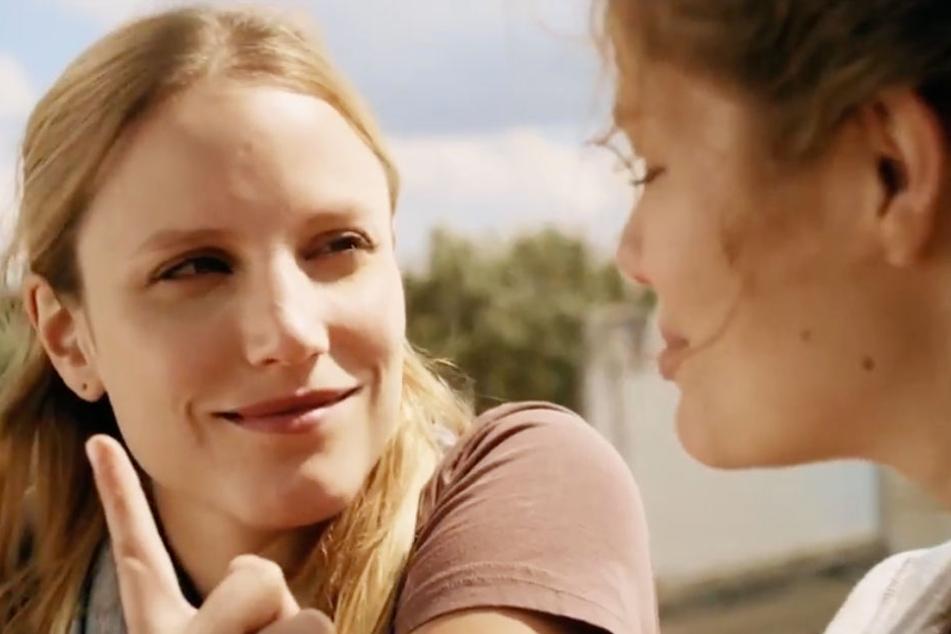 Zwei starke Hauptdarstellerinnen verleihen dem Film Ausdruck.