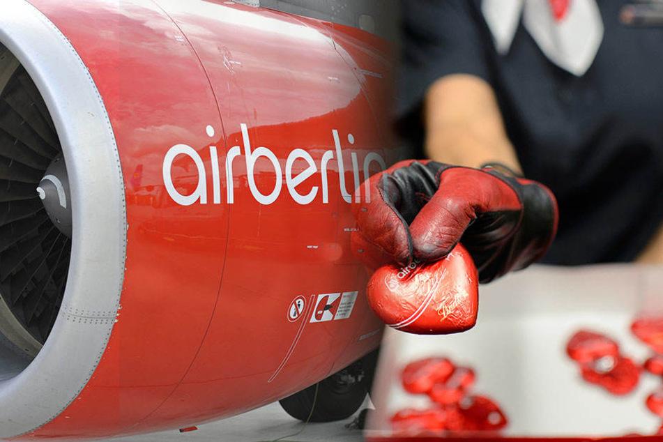 Die berühmten Schokoherzen von Air Berlin können Mitte Januar ersteigert werden.