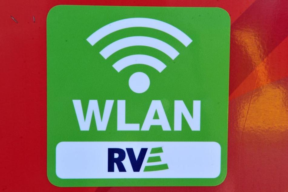 In 13 Bussen gibt es jetzt freies Internet für jedermann.