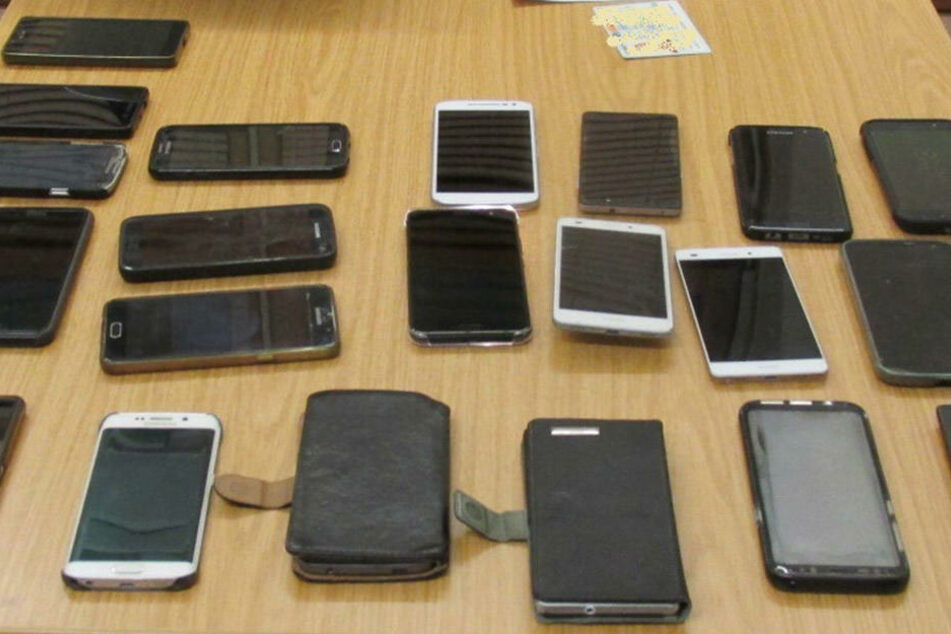 Wer jetzt sein Handy erkennt, kann sich bei der Polizei melden.