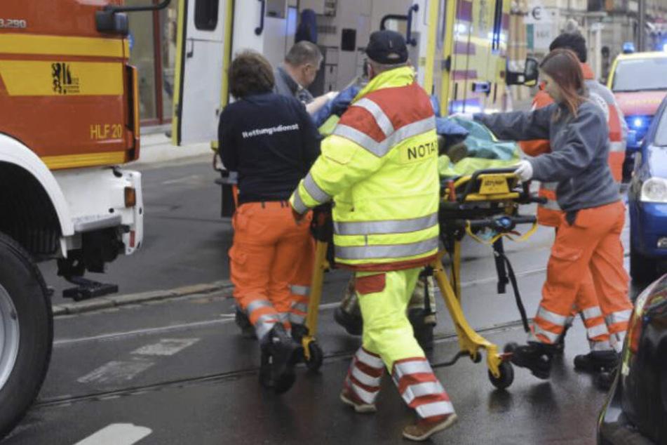Crash auf der Kesselsdorfer: Zwei Autos, eine Verletzte