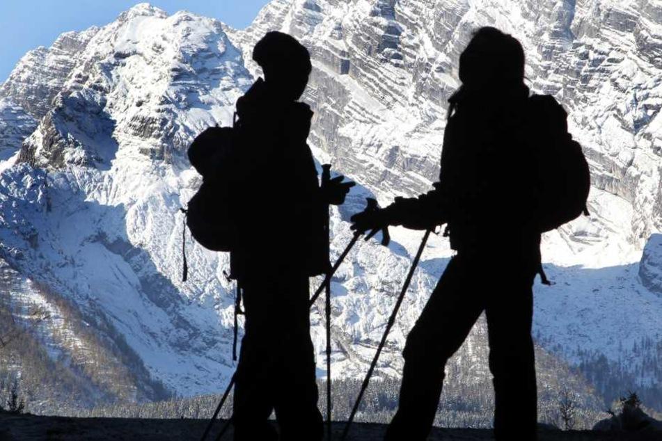 Bergsteiger stürzt in den Alpen 200 Meter in die Tiefe: tot!