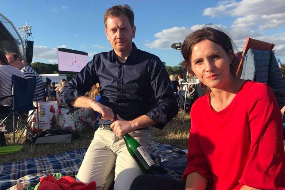 MP Michael Kretschmer privat mit seiner Frau Annett Hofmann (44). Zusammen sieht man das Paar auch auf CDU-Wahlplakaten.