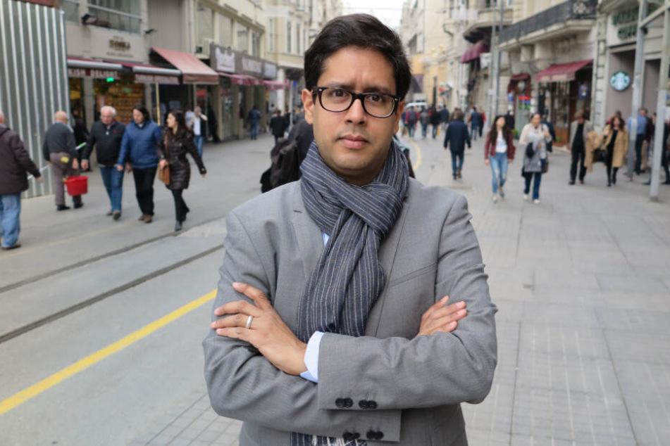 Der Spiegel-Journalist Hasnain Kazim spricht seit Montag zu den Facebook-Followern von Boris Palmer.