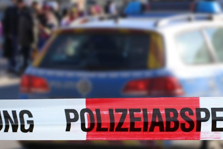 Die Polizei wurde alarmiert, nachdem Anwohner den lauten Lärm gemerkt hatten. (Symbolbild)