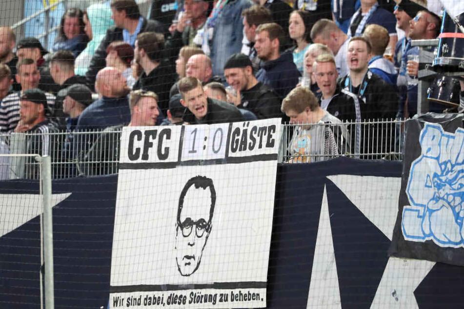 Ein großer Teil der CFC-Fans hat Klaus Siemon längst als Störenfried ausgemacht.