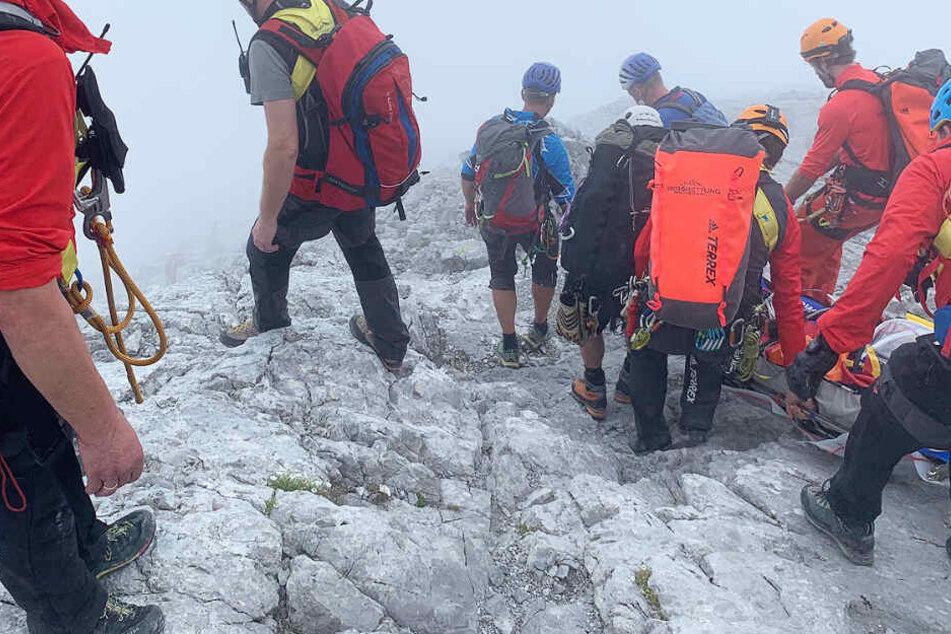 Die junge Frau erlitt bei dem Sturz in die Tiefe in den Berchtesgadener Alpen lebensgefährliche Verletzungen.