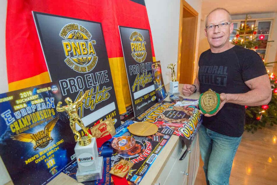 Jens Berthold (50) aus Neukirchen hat bereits zahlreiche Titel als Bodybuilder gewonnen.
