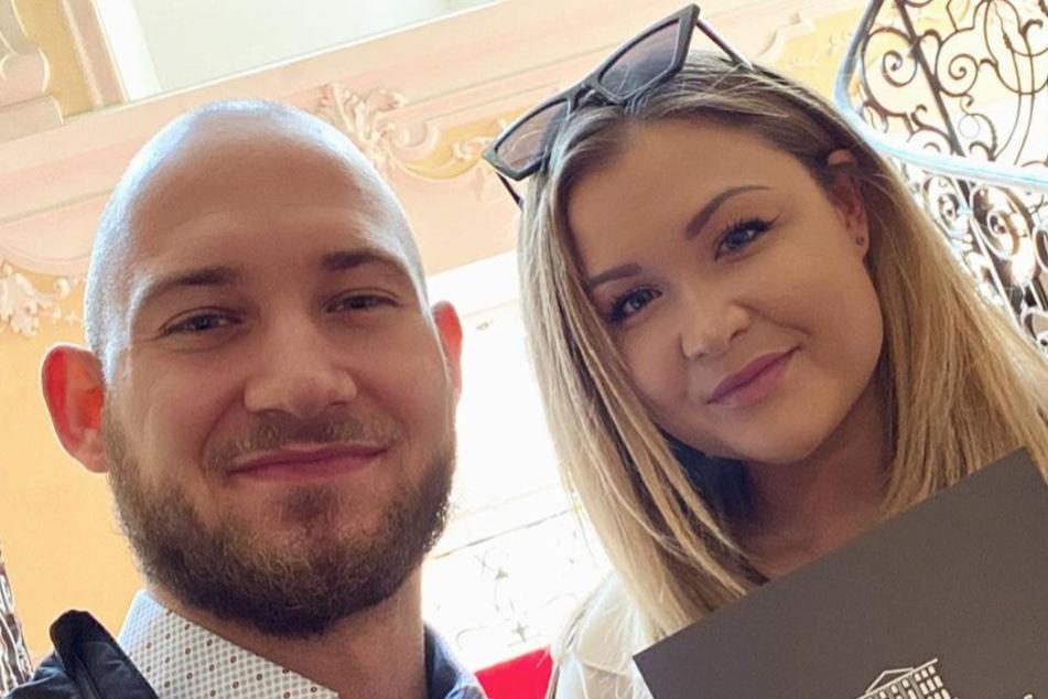 Dieses Bild zusammen mit ihrem Freund Raphael postete Sophia Thiel wenige Tage zuvor. Hier ist noch kein zweites Ohrloch zu erkennen.