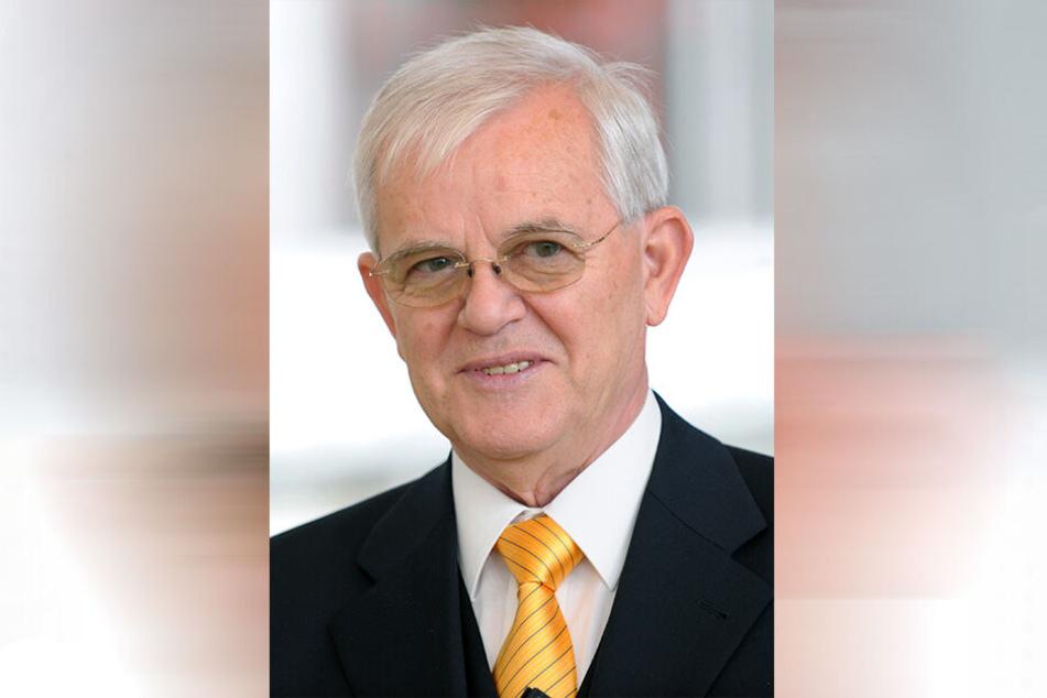 Der damals scheidende sächsische Landtagspräsident Erich Iltgen (CDU), fotografiert am 2.10.2009 während einer Festveranstaltung zur Verabschiedung Iltgens im Landtag.