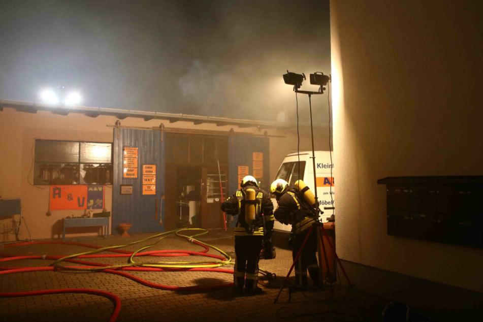 40 Feuerwehrleute waren stundenlang im Einsatz.