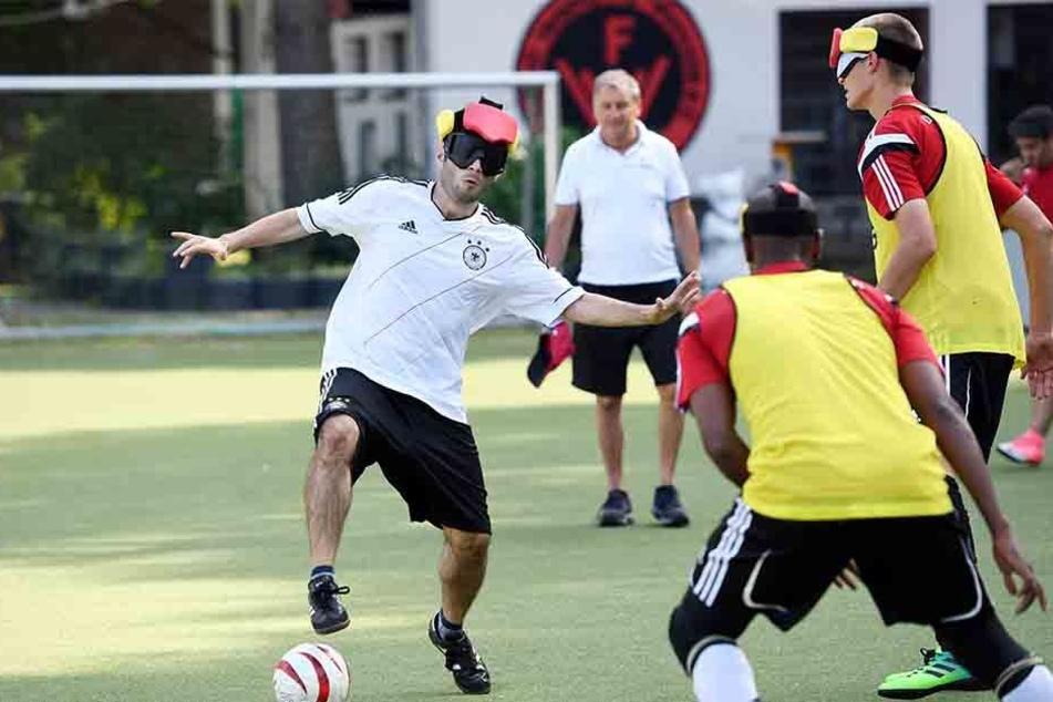 Die deutsche Mannschaft landete bei der Blindenfußball-EM auf dem sechsten Platz.