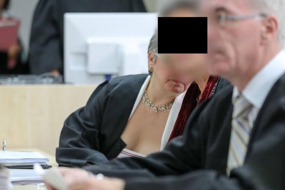 Kerstin S. (59) steht unter anderem wegen Geiselnahme, Erpressung und Nötigung vor Gericht.