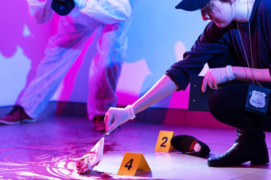 Eine 45-Jährige soll ihren Partner im Zustand der Schuldunfähigkeit getötet haben. (Symbolfoto)