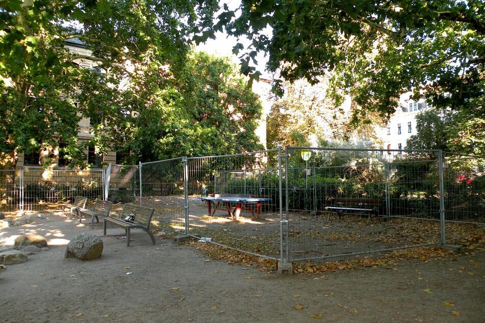 Bizarre Labyrinthe prägten 2018 zwischenzeitlich den Weißeplatz als Abgrenzung zwischen Schülern und Bürgern.