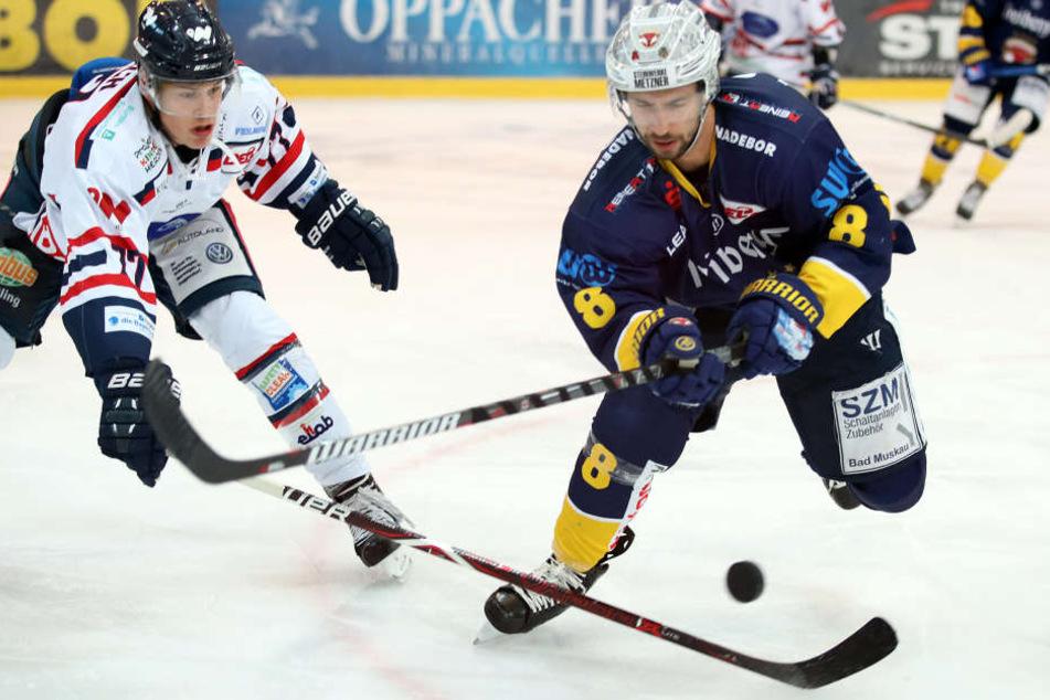 Einer, der für beide Teams schon auflief: Stürmer Feodor Boiarchinov (re.).