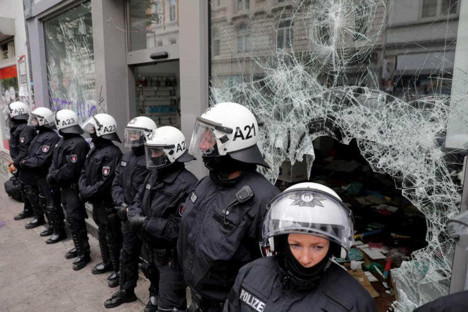 Schlag gegen die linke Szene: Bundesweite Razzien nach G20-Krawallen in Hamburg