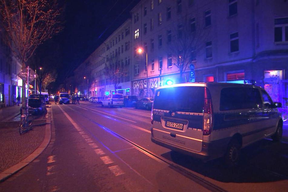 Streit eskaliert: Wieder Messerstecherei auf der Eisenbahnstraße!