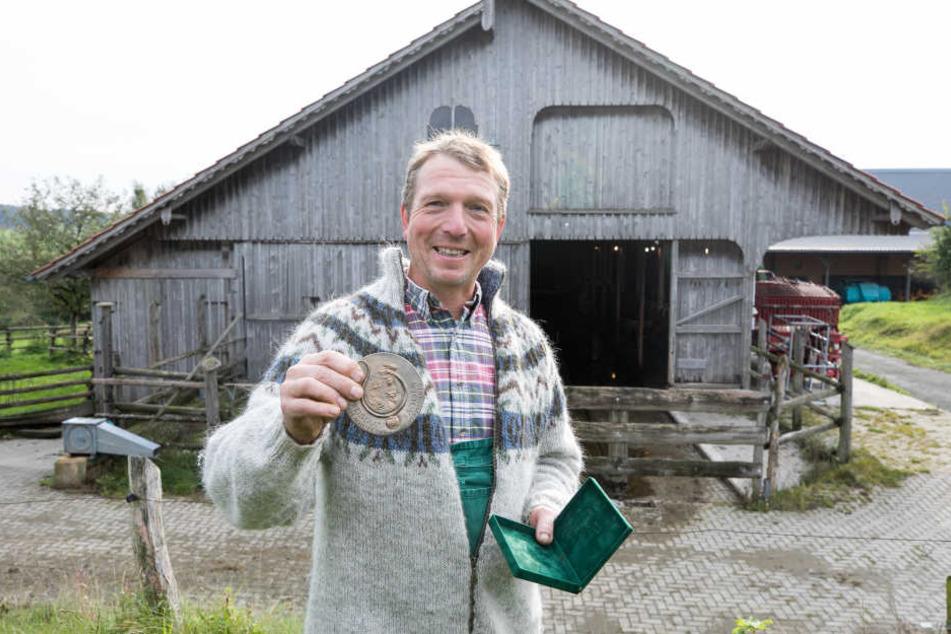 Ausgezeichnet! Vom Freistaat Sachsen wurde der Biobauernhof jetzt mit dem Tierschutzpreis ausgezeichnet.