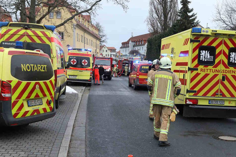 In Pesterwitz war wegen eines Feuers der Dorfplatz am Sonntagnachmittag gesperrt.