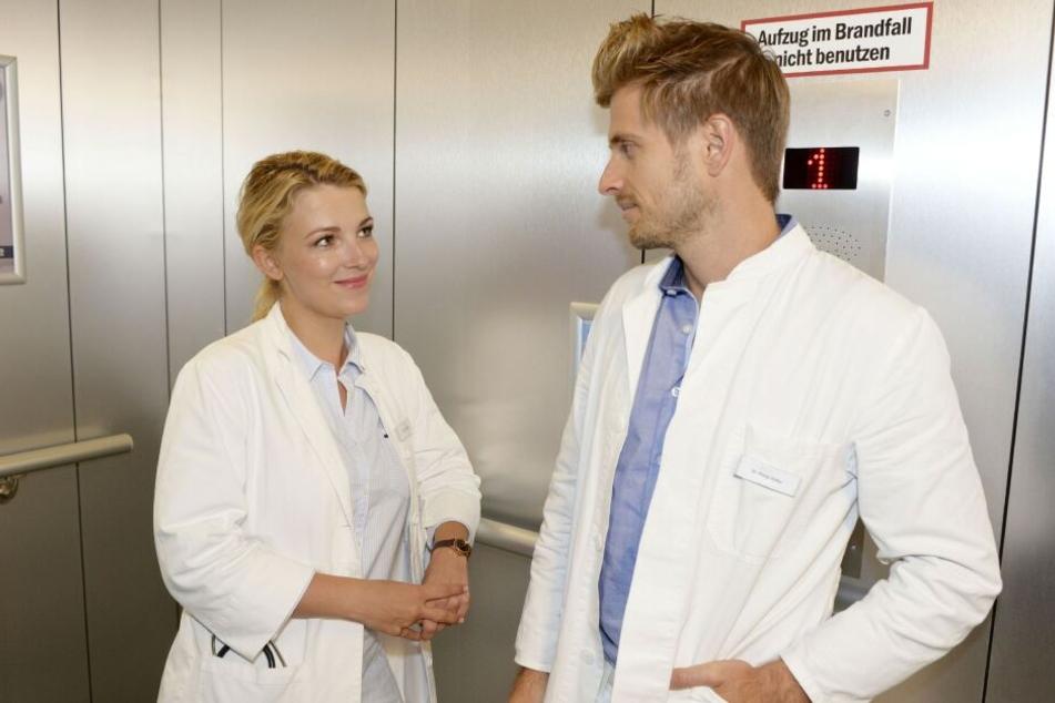 Lilly nennt ihn Benjamin, Philip ruft ihn Benedikt - wie heißt der fiese Oberarzt am Jeremias denn nun?