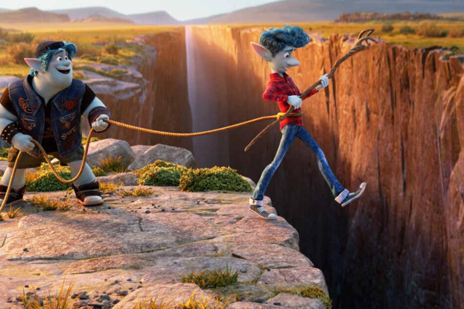Ian (r.) und Barley begeben sich auf eine große Reise, um ihren Vater komplett wieder zurückzuholen - zumindest für ein paar Momente.