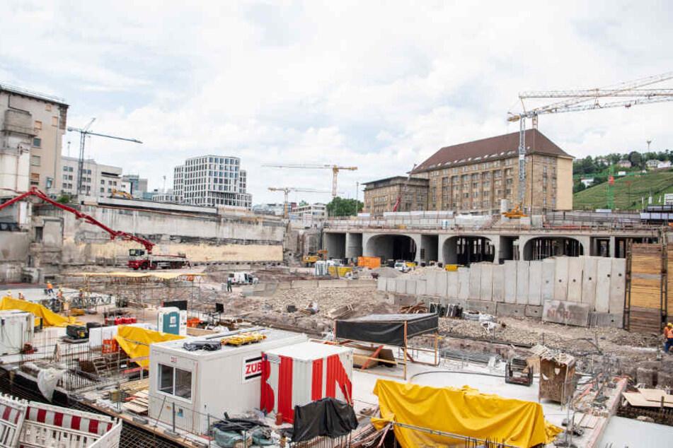 Eine Baustelle des riesigen Bauprojekts in Stuttgart.