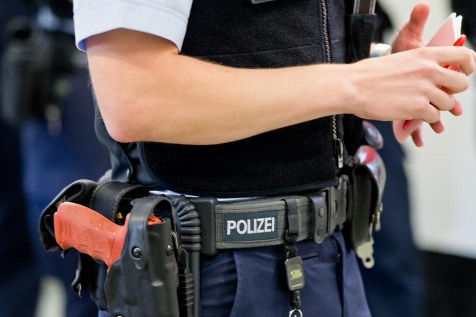 Polizist missbraucht 14-Jährige und kommt mit Bewährung davon