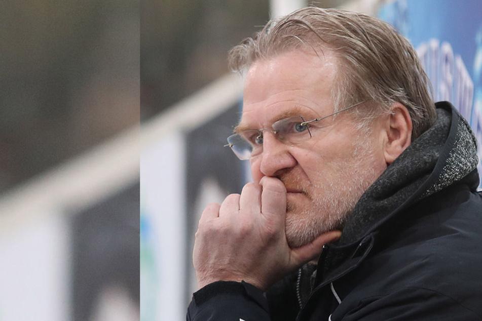 Franz Steer ist ein heißer Kandidat auf den Trainer-Posten in Dresden. Aber  noch überlegt der 58-Jährige.