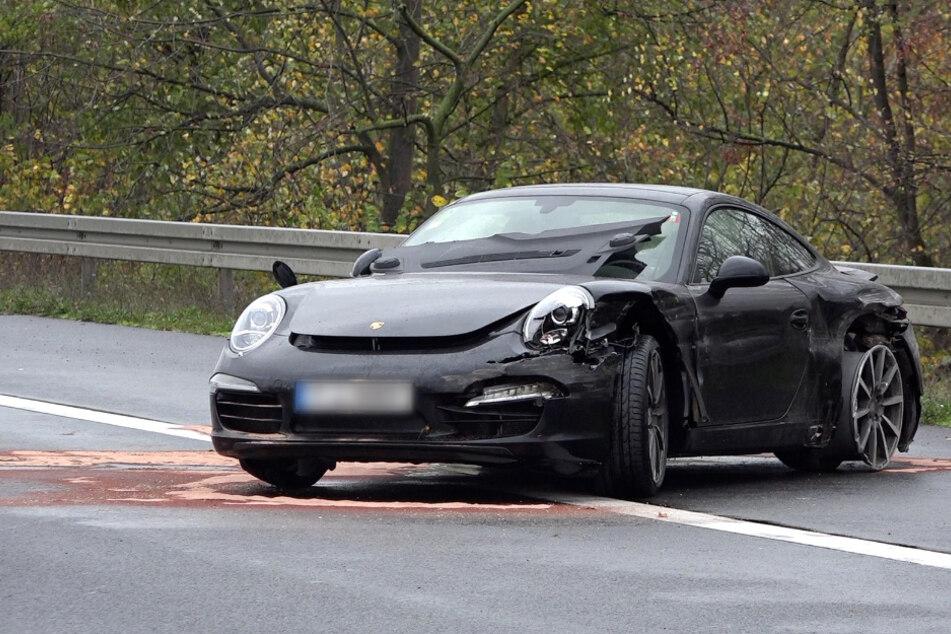 Der Porsche kam auf dem Standstreifen zum Stehen.
