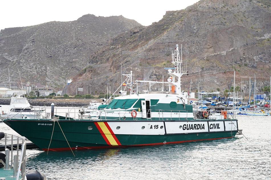 Die Tasche mit der Leiche der Sechsjährigen hing am Anker eines Bootes des Vaters. Die Ermittlungen der spanischen Polizei laufen noch.