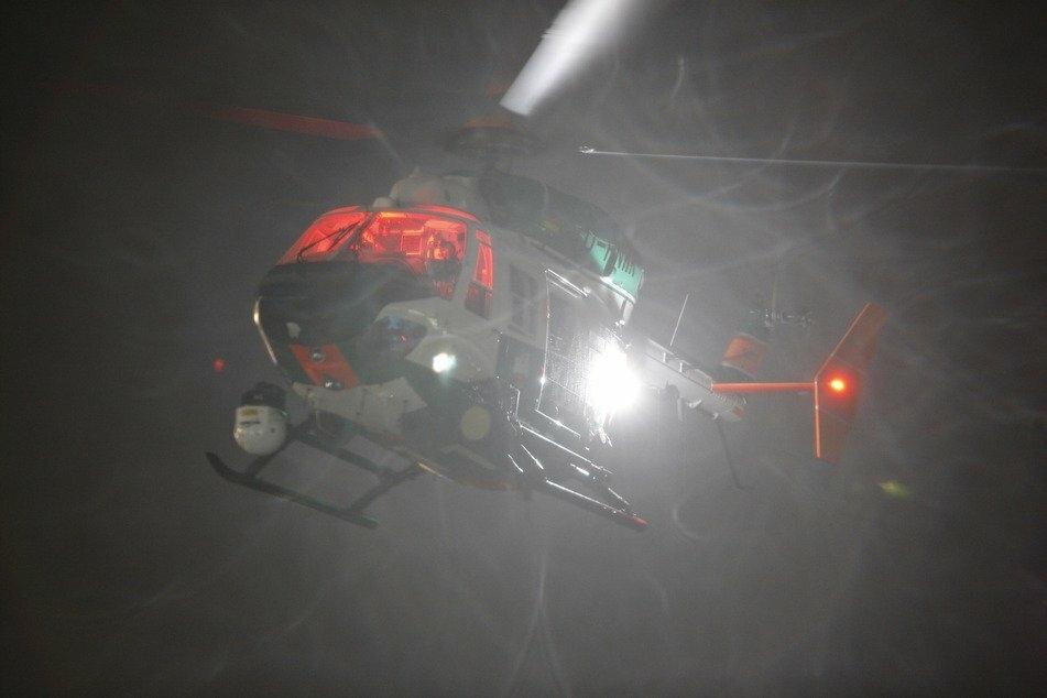 Die Polizei Mettmann hat in der Nacht zu Dienstag eine intensive Suchaktion wegen vermeintlicher Hilferufe unternommen. (Symbolbild)