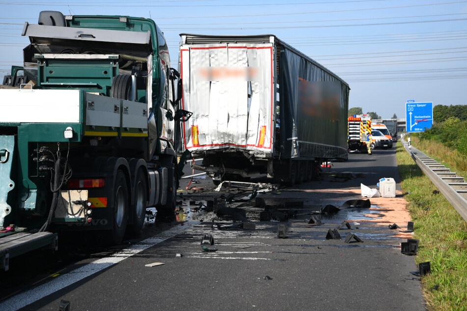 Zwei Unfälle zwischen dem Kreuz Speyer und dem Dreieck Hockenheim in beide Richtungen auf der A61 sorgen am Dienstagmorgen für ein Verkehrschaos.
