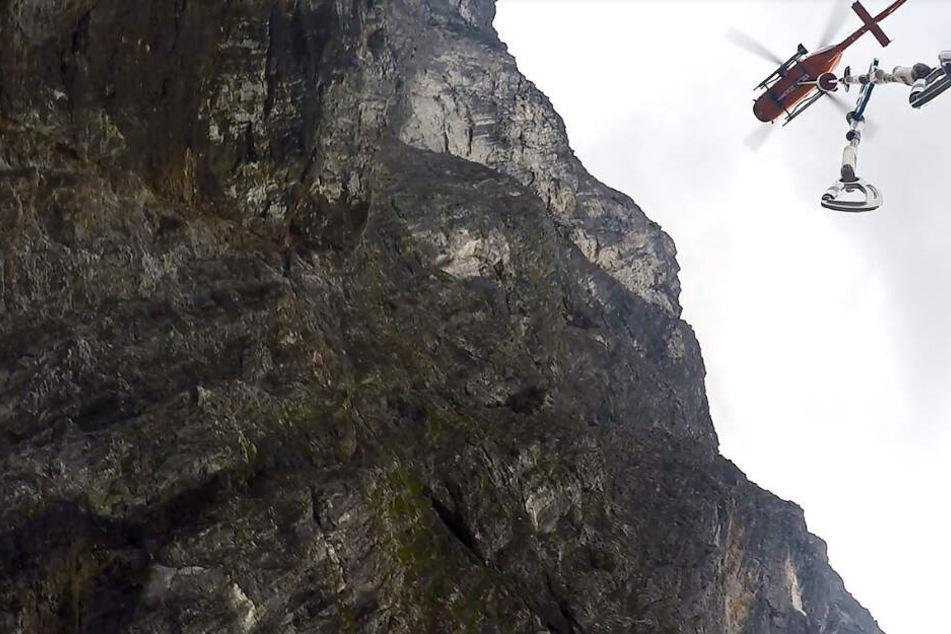 Die Bergwacht barg den Leichnam des jungen Mannes. (Symbolbild)
