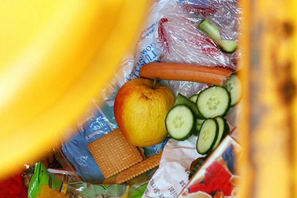 Weil sie Lebensmittel aus dem Müll retteten, müssen sich bei Studentinnen vor Gericht verantworten. (Symbolbild)