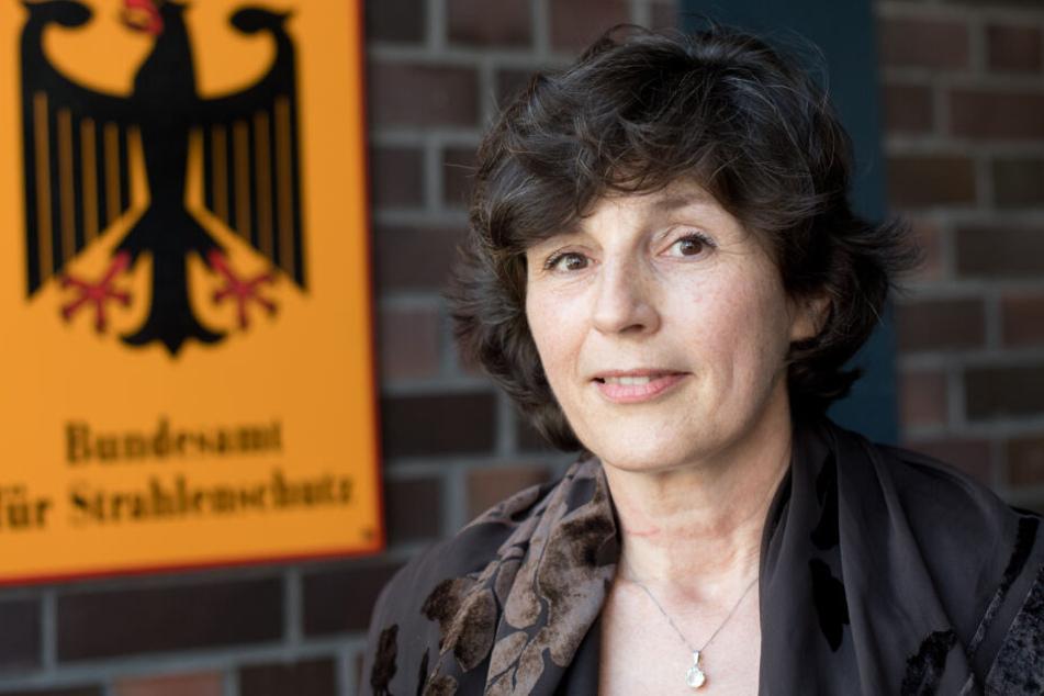 Inge Paulini, Präsidentin des Bundesamtes für Strahlenschutz, will über gesundheitliche Wirkungen elektromagnetischer Felder gezielter und breiter informieren.