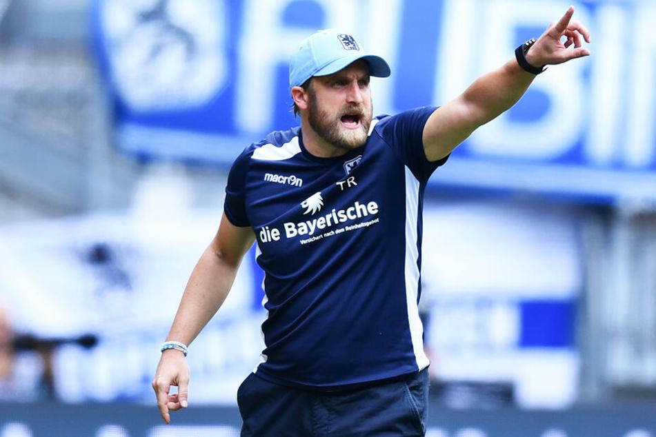 """Peitschte seine Mannschaft nach vorne: """"Löwen""""-Coach Daniel Bierofka."""