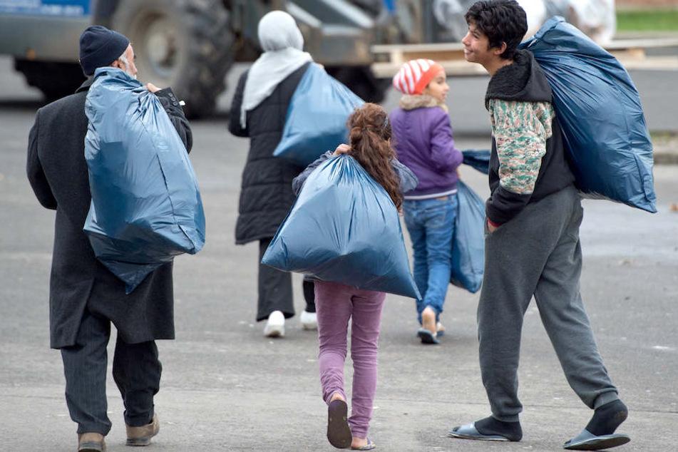 Viele Deutsche befürchten, dass der UN-Migrationspakt Ausländern zusätzliche Ansprüche auf Asyl verschafft. (Symbolbild)