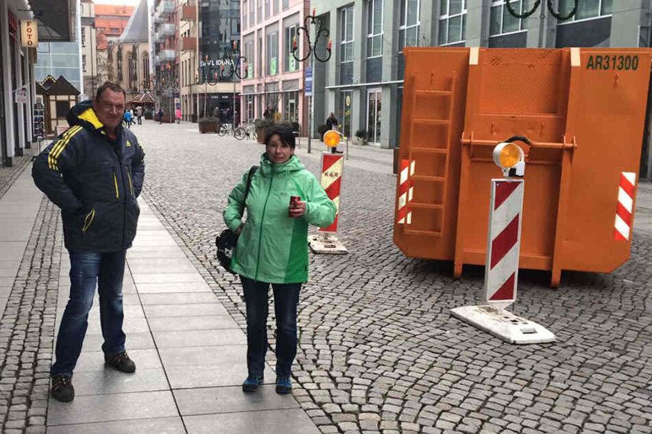 Detlef Pretschner (58) und Maria Pretschner (54) halten die Sperren auch für wenig sinnvoll.