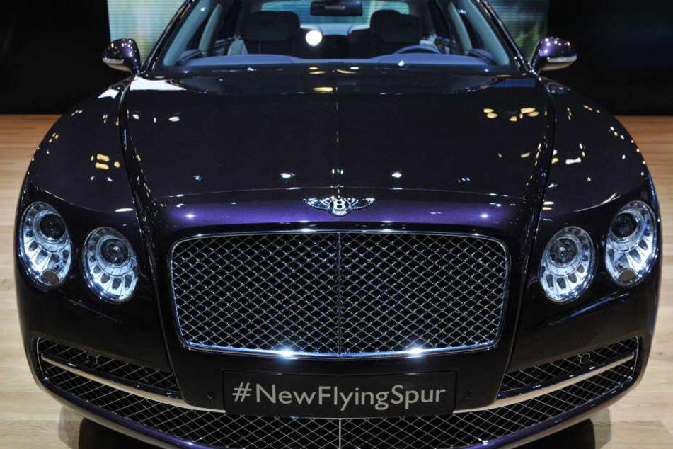 Der gestohlene Bentley Flying Spur ist schwarz. (Symbolbild)