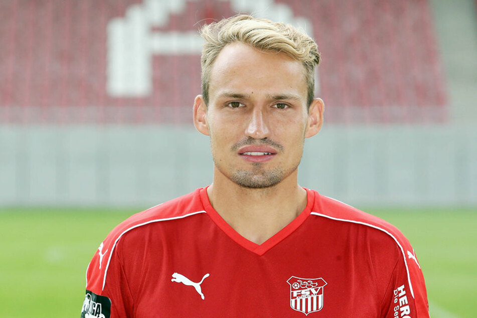 FSV-Zwickau-Kapitän Toni Wachsmuth verlangt vollste Konzentration im Pokalspiel gegen Einheit Kamenz!
