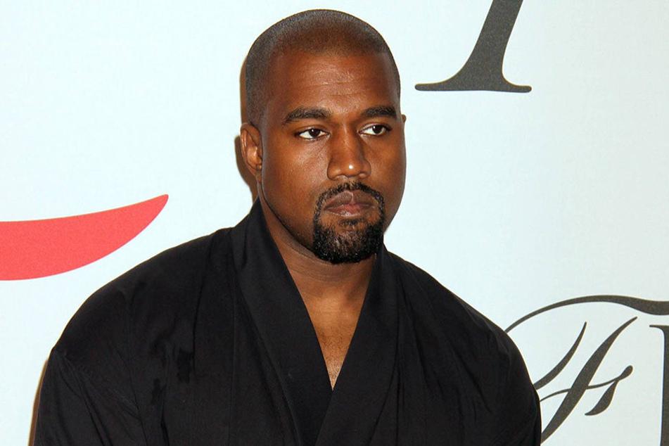 Bei einem Konzert von Kanye West (39) gab es statt Musik eine Wutrede des US-Rappers.