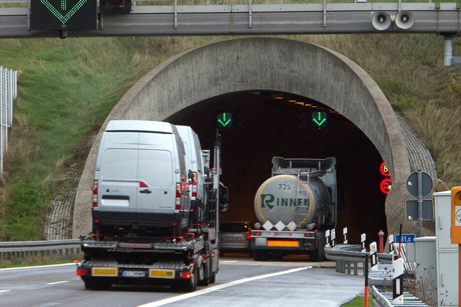 Kurz vor dem Tunneleingang Königshainer Berge befand sich der (mögliche) Unfallort (Archivbild).