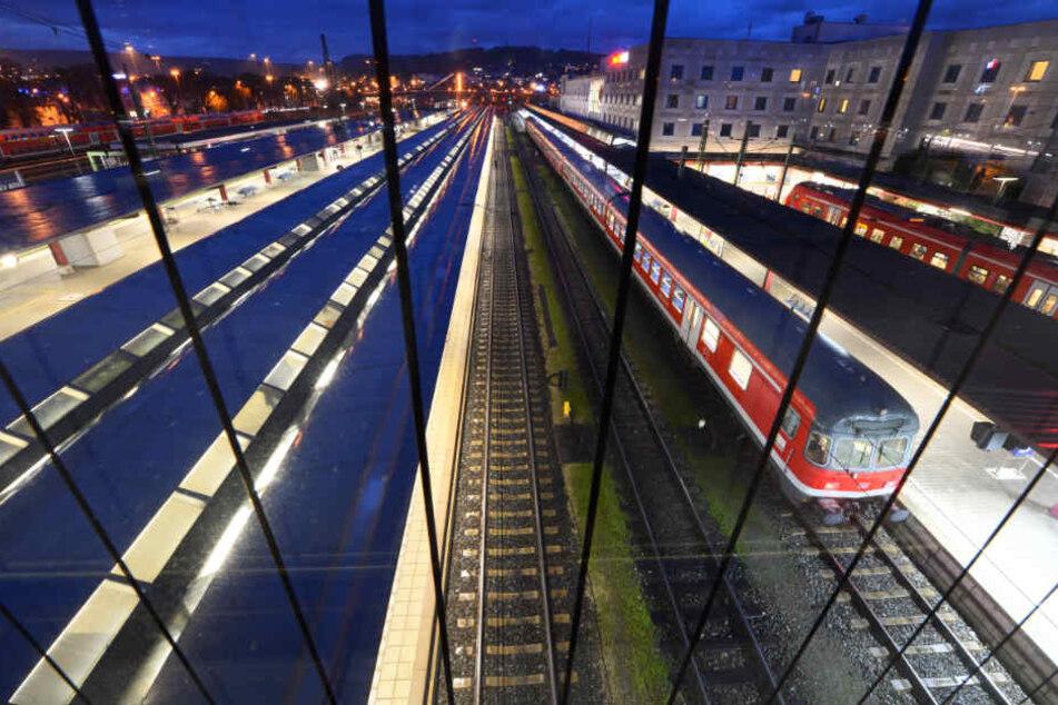 Der Hauptbahnhof in Ulm. (Archivbild)