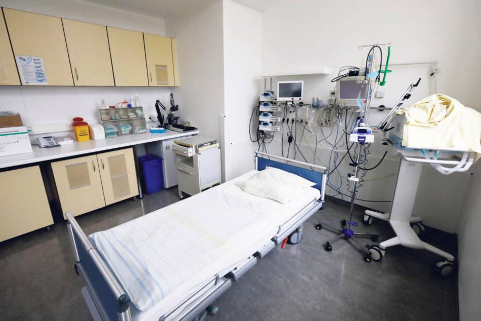Ein Einzelzimmer der Isolierstation des Klinikums St. Georg in Leipzig.
